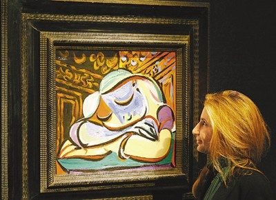 毕加索画作《入睡女孩》以1350万英镑成功拍卖