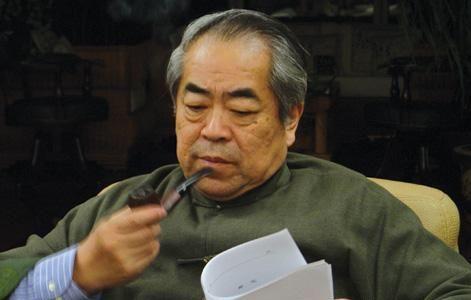 范曾   晨报讯(记者 武新)画家范曾以侵犯名誉权为由,状告...