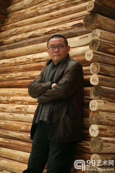 湖北美术馆馆长傅中望