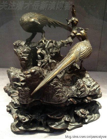 清代中期銅錦雞雙棲奇石擺件