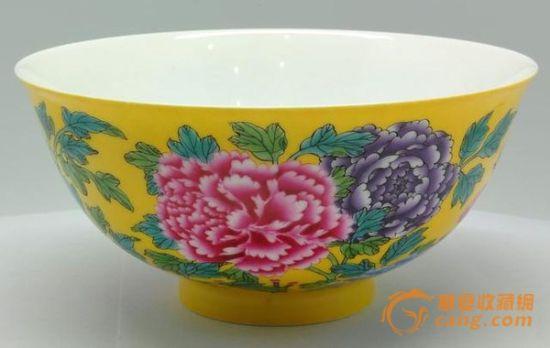 清三代官窯瓷器稀缺 市場受寵風頭盛