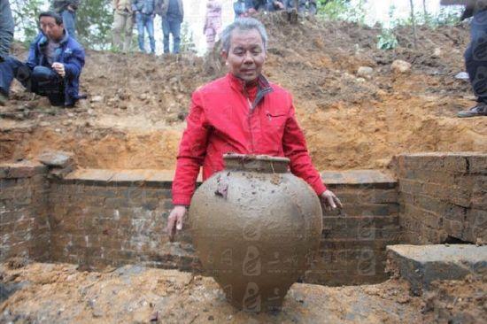 宜昌發現明代古墓