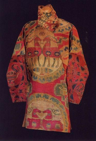 """紐約拍賣會上""""鹿布""""縫製的錦袍"""