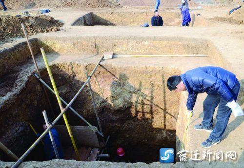 漢代達官貴族墓發掘現場