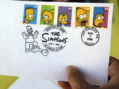 图为一封盖有2009年辛普森家庭邮票首发邮戳的信封