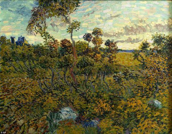 作于1888年的《蒙马儒黄昏》(Sunset at Montmajour)