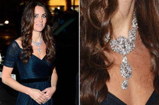 英国凯特王妃新年官方首秀戴女王天价钻石项链