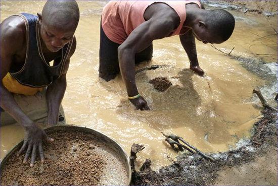 塞拉利昂挖到价值620万美元钻石