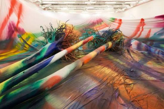 德国艺术家卡塔琳娜・格罗斯在莫斯科车库当代艺术博物馆的装置艺术。图片来源:卡塔琳娜・格罗斯/ 车库当代艺术博物馆。