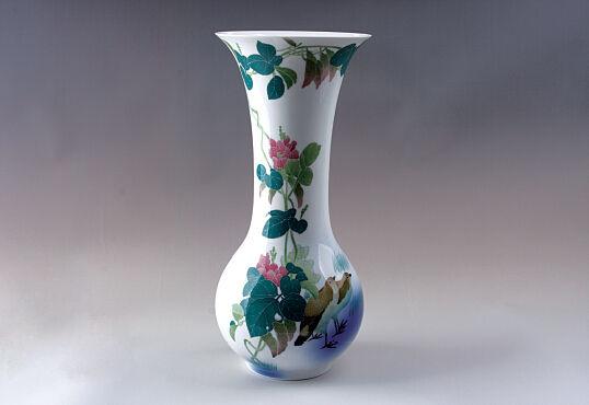 紅官窯扁豆雙禽巴拿馬瓶(1915年獲巴拿馬萬國博覽會金獎)
