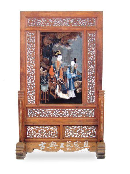 圖3 清作明式黃花梨透雕螭龍紋嵌玻璃油畫屏風(北京故宮博物院藏)
