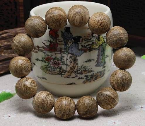 需要特别注意的是:木头珠子不要在任何时候接触较