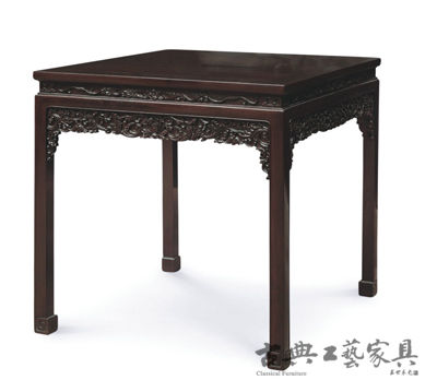 清式家具以紫檀木为主。(图片提供:中国嘉德)