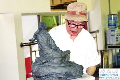 莆田木雕大师闵国霖
