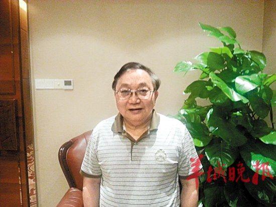 刘斯奋(广东省文联主席、一级作家、广东人文艺术研究会会长)
