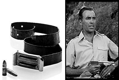 邦德的影片中所佩戴的皮带和手枪中的子弹估价1000~1500英镑