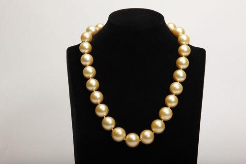 金珍珠项链