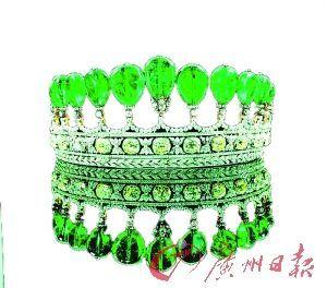 苏富比今年拍出的彩色钻石皇冠