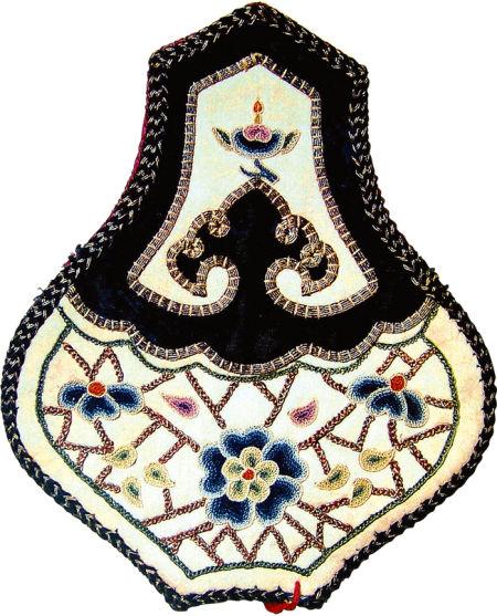 冰梅紋刺繡香囊