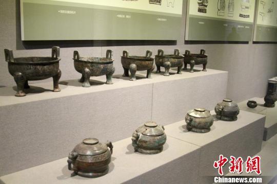 寶雞青銅器博物院館藏青銅器記者田進攝