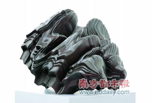 ...中央美术学院美术馆提供.   托尼·克拉格为中央美院雕塑系...