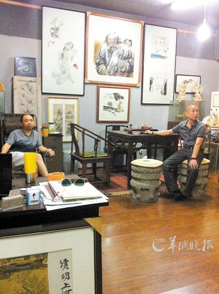 西安的古玩城里,随处可见字画店,其中绝大多数名家字画都是赝品。