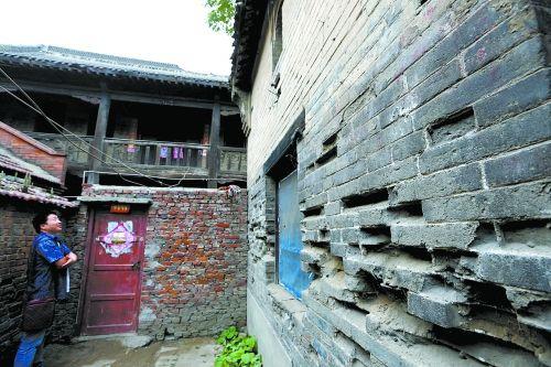 荥阳古县衙、魁星楼、韩凤楼故居等古建筑损毁严重