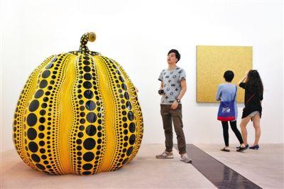 首届西岸艺术与设计博览会亮相上海。