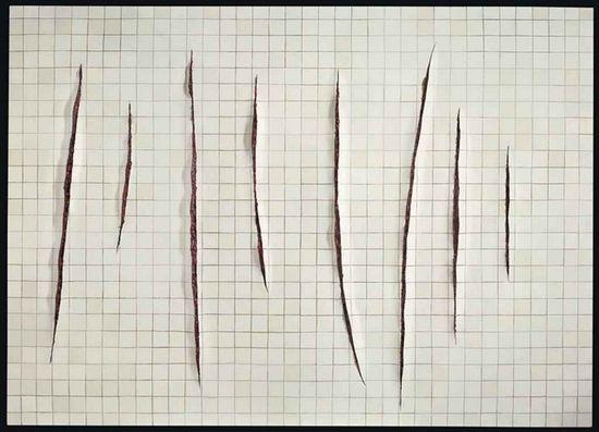 巴西画家阿德里・阿娜瓦勒亚的油画《有切口的墙,致拉封塔纳二世》在今年2月出现于伦敦佳士得当代艺术品拍卖专场,画面中的血腥味让人联想起意大利画家卢西奥・封塔纳的切痕画法。  该作品在拍卖前的估价为20万-30