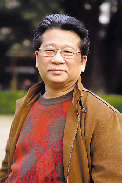 许钦松  (中国美术家协会副主席、广东画院院长、广东省美术家协会主席)