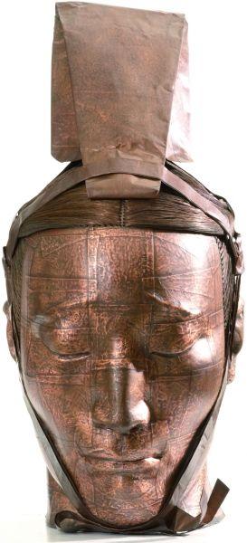 蔡志松 武士头像之七110 铜板铜线 树脂 45×20×26厘米 2006年 该作为昊美术馆藏品