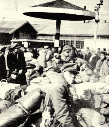 1949年在厦门即将撤往台湾的国民党士兵