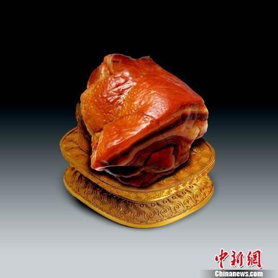 """圖為被藏石界譽為中華第一肉石的""""東坡肘子""""。 資料圖 攝"""