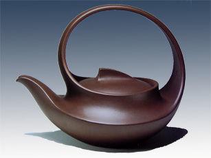 紫砂壶光货(张守智教授和汪寅仙大师合作的曲壶)
